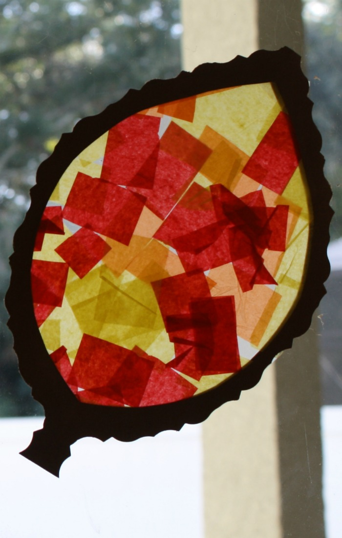 Fall craft for toddlers and preschoolers leaf sun catcher for Fall craft ideas for toddlers