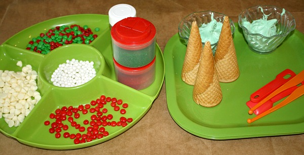 Christmas Activity for Kids...Christmas Tree Cone Decorating