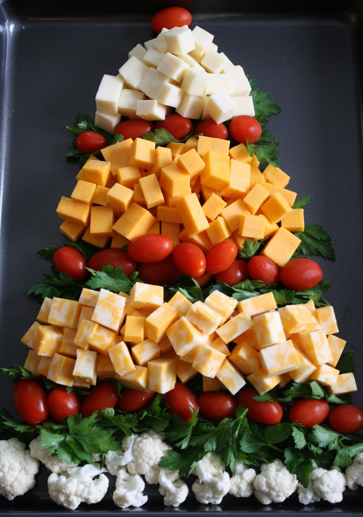 Christmas Tree Cheese Tray