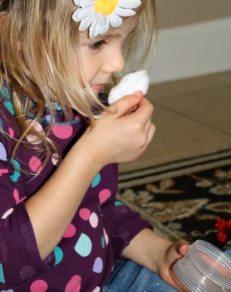 Sense of Smell Activities with Christmas Sensory Bin