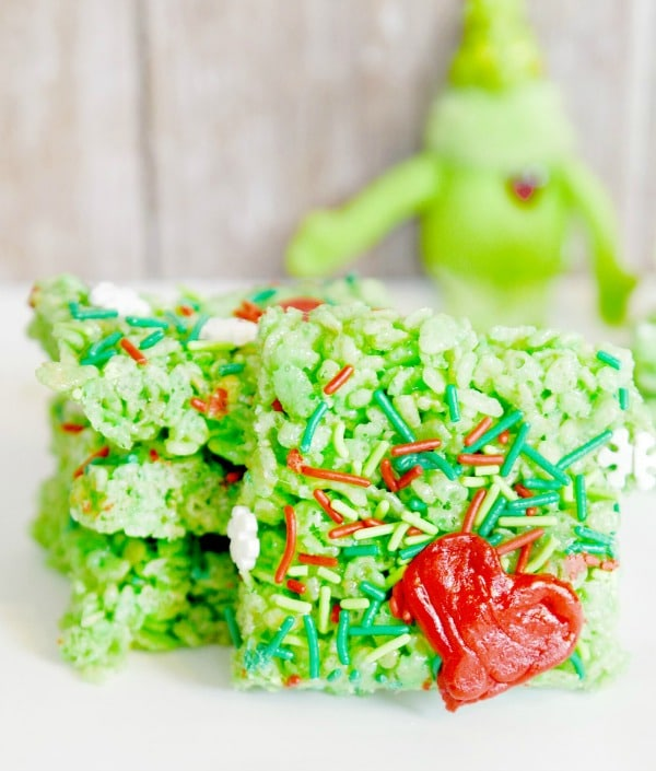the-grinch-inspired-rice-krispie-treats-cereal-bars-so-fun-for-christmas-make-these-and-watch-the-grinch