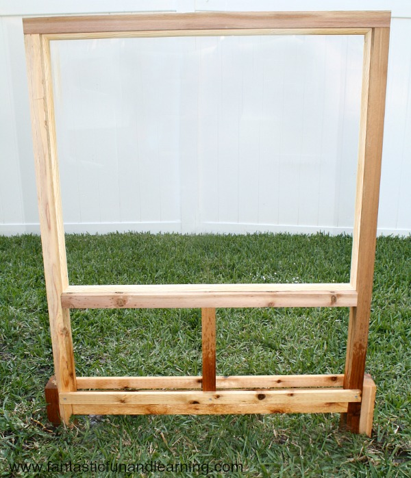 Easel Cropped
