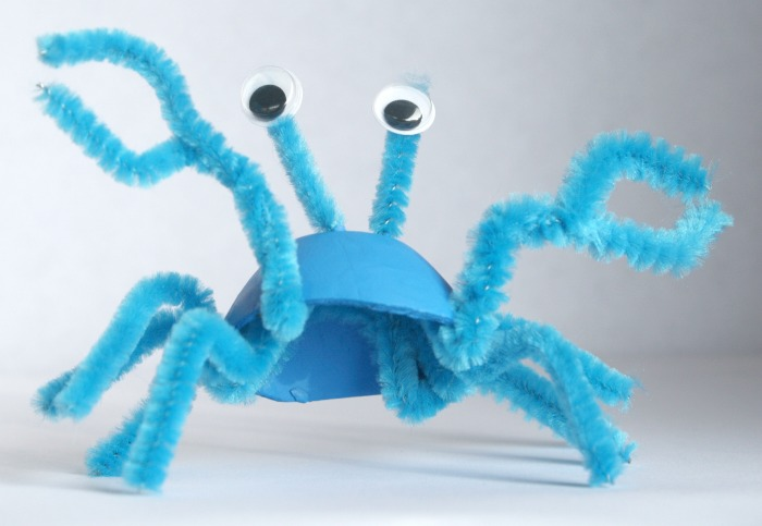 Recycled Crafts-Crab