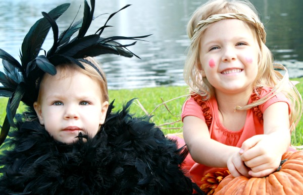 DIY Scarecrow and Crow Halloween Sibling Costumes