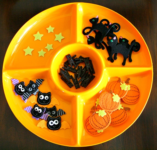 Halloween Invitation to Play-Foam Shape Clothesline