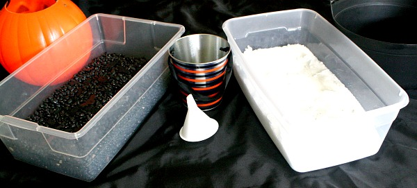 Halloween Invitation to Play for Toddlers~Simple Sensory Bins