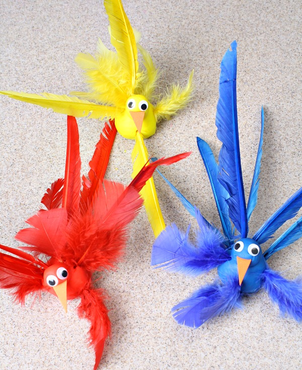 Color Sorting Feather Activity and Fine Motor Practice for Thanksgiving Turkey or Bird Theme