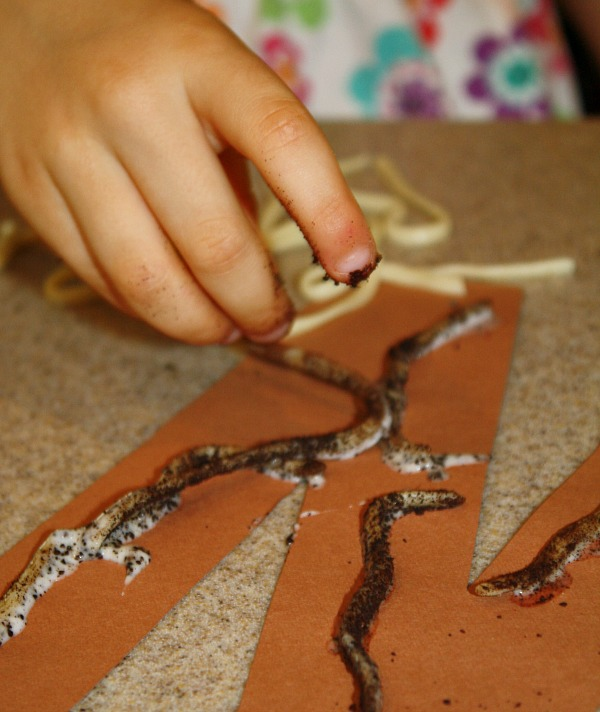 Making W is for Worms Craft