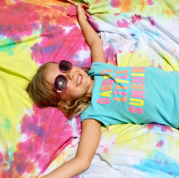 Tie-Dye Blanket Summer Fun