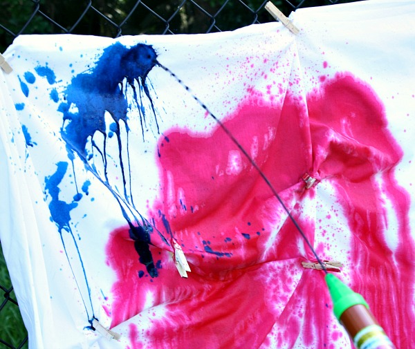 Water Shooter Tie-Dye Painting