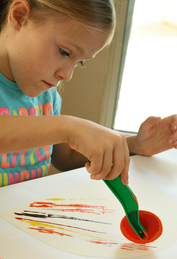 Painting without paint brushes-play dough tools