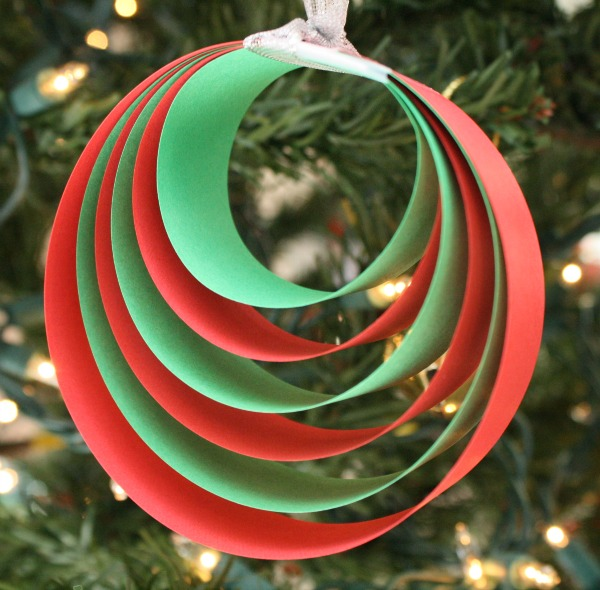 Easy Paper Christmas Ornament