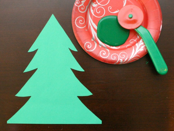 Materials for Dough Cutter Painting Christmas Tree Craft