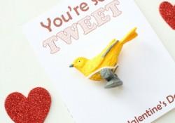 Candy-Free Valentine Free Printable~You're so TWEET!