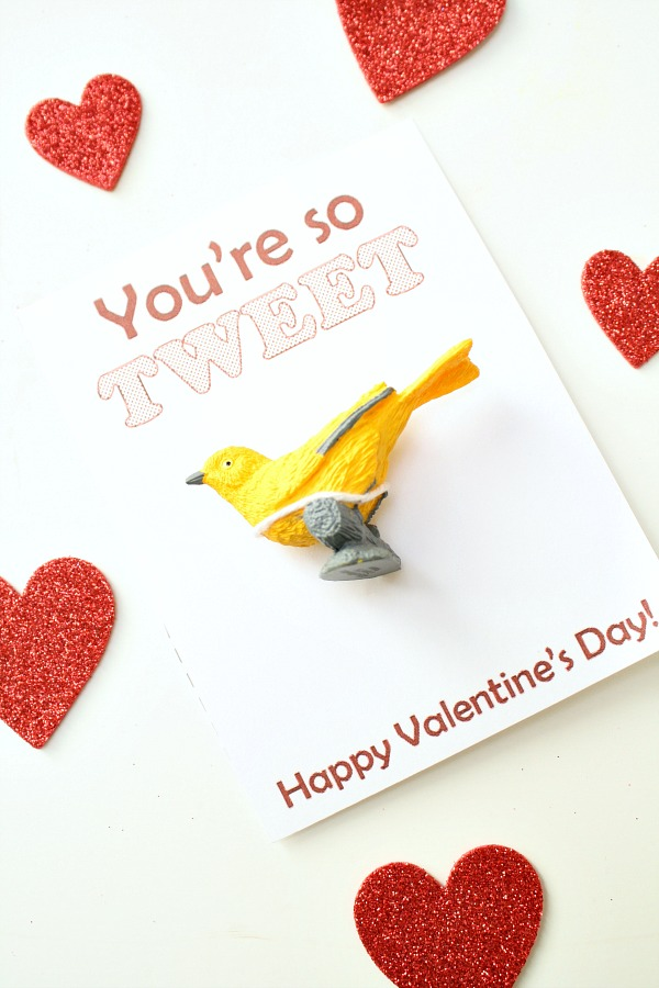 Candy-Free Valentine Free Printable~You\'re so TWEET! - Fantastic Fun ...
