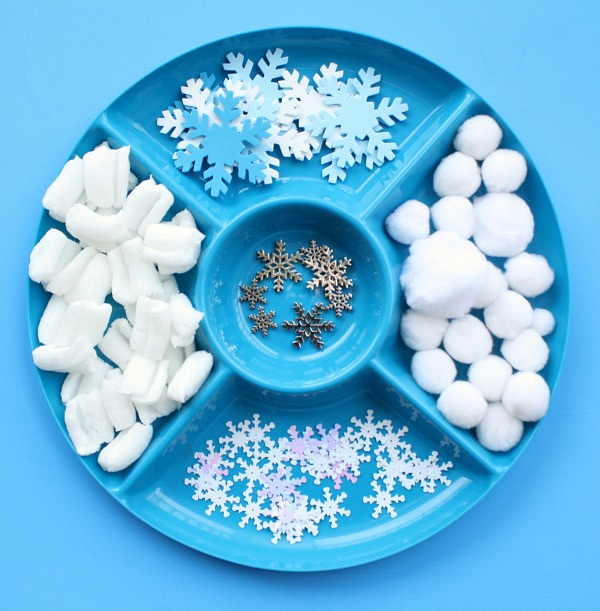 materials for snowballs and snowflakes water play