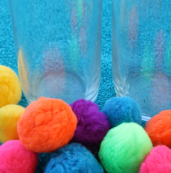 Pom Pom Squeeze Toddler Water Play Materials