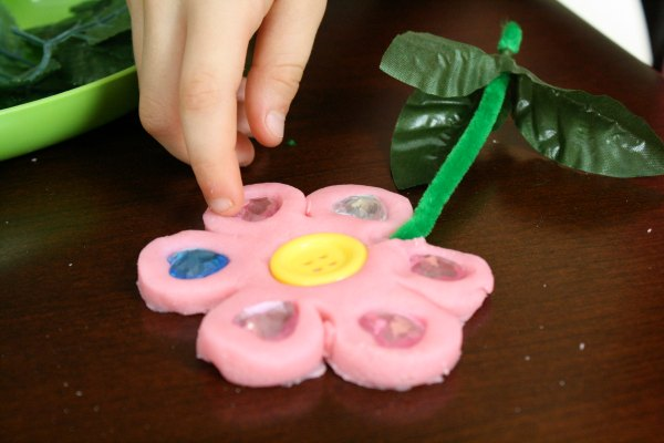 Decorating Flower Dough
