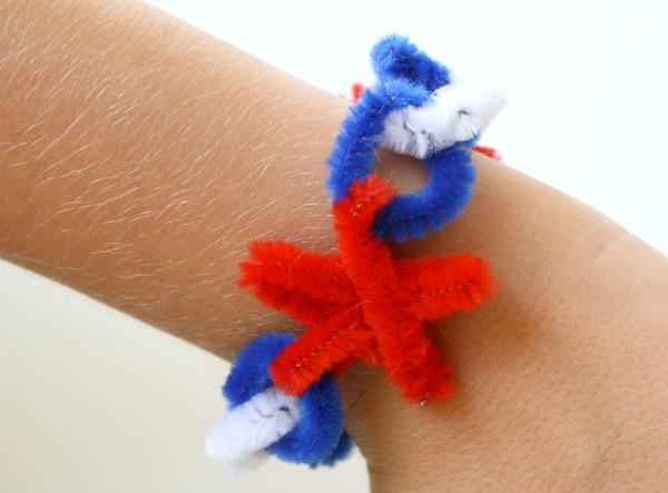 Fourth of July Craft for Kids~Bracelet