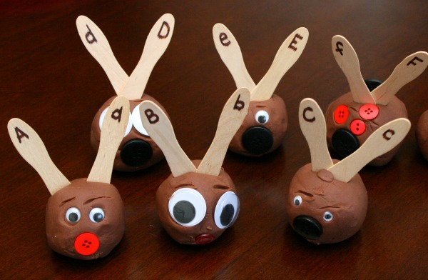 ABC Matching Activity for Christmas-Reindeer Antlers
