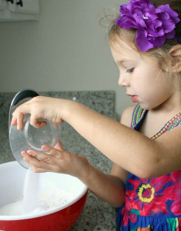 Directions for making salt dough with peppermint