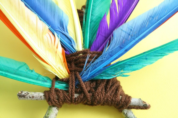 Feathers for back of turkey craft