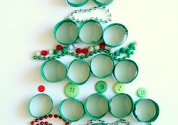 Loose Parts Play Christmas Activity