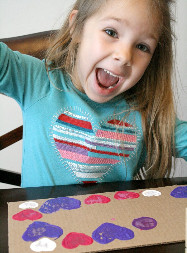 Happy-Using DIY Stamps for Preschool Art