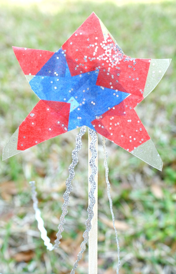 Star Wand-Easy 4th of July Craft for Toddlers and Preschoolers