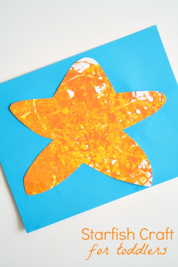 Easy Starfish Craft for Toddlers--Little ones love this easy painting process!