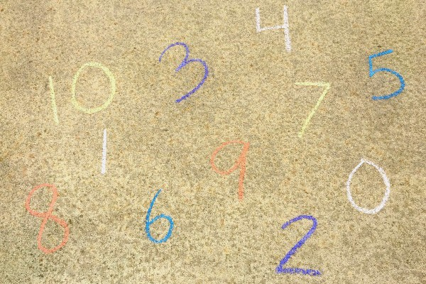 chalk numbers for preschool counting game