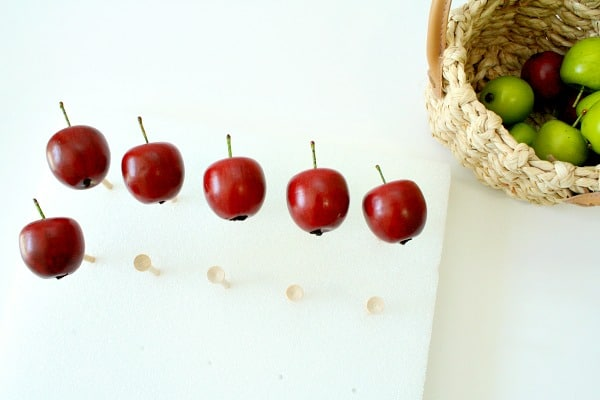 Counting with Apples and Fine Motor Twist for Kindergarten