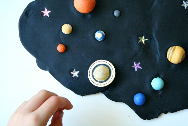 horiz-outerspace-play-dough