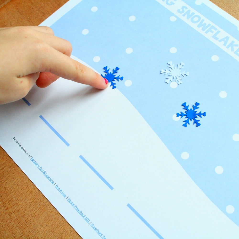 Snowflake Segmenting Winter Reading Activity for Preschool Small Group or Kindergarten Homeschool