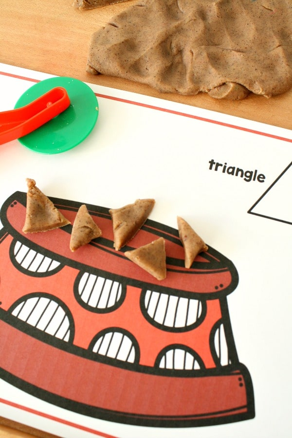 Free Printable Shape Mats for Preschool Pet Theme #shapes #finemotor #kindergarten