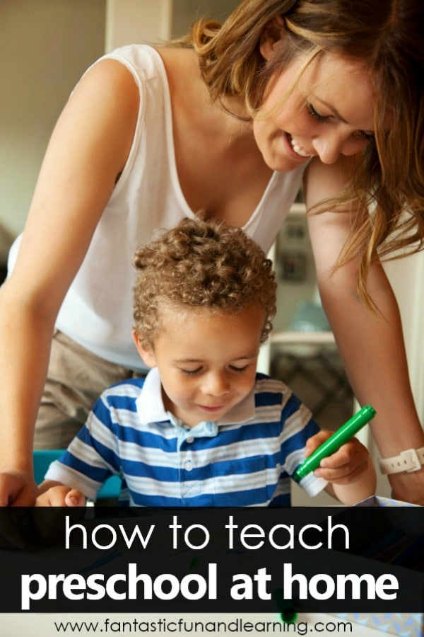 How to Teach Preschool at Home-Map out a home preschool routine that fits your family with these great tips and free printable resources #homepreschool #preschoolathome #homeschoolpreshool