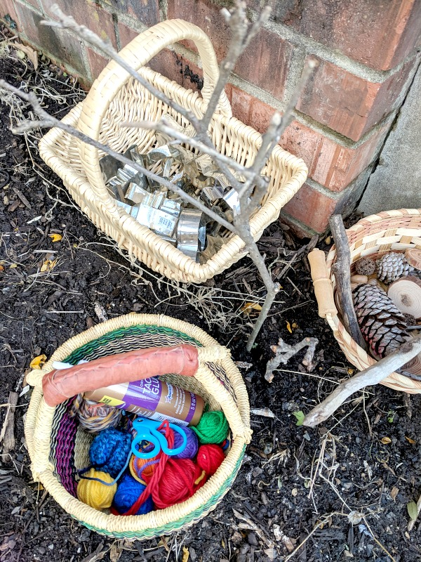 Exploring Texture and Color with Loose Parts Play