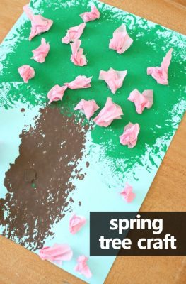 Spring Tree Craft for Kids-Put away the paintbrushes and try these fun ways to paint as you create spring art for your preschool spring, tree, or seasons theme #preschool #homepreschool #springcraft