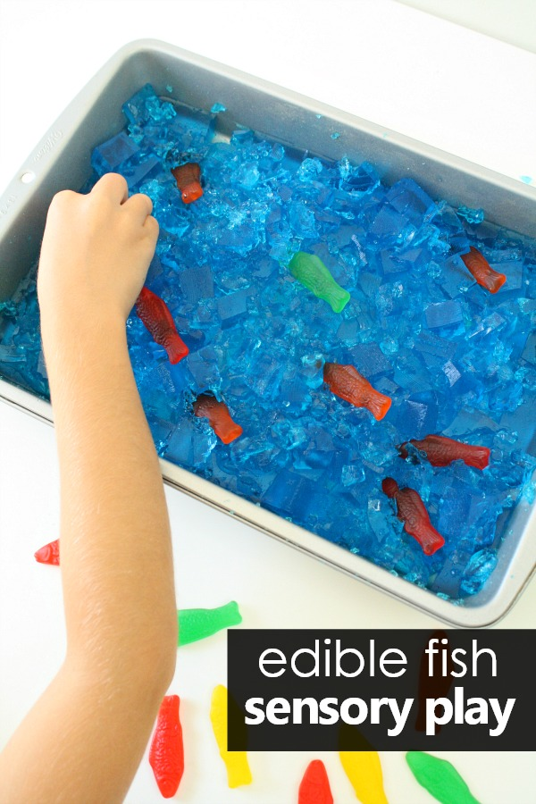 Edible Fish Sensory Play and Small World fun for Toddlers and Preschoolers #summer #preschool #toddlers #sensory