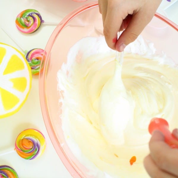 How to Make Lemonade Fluffy Slime