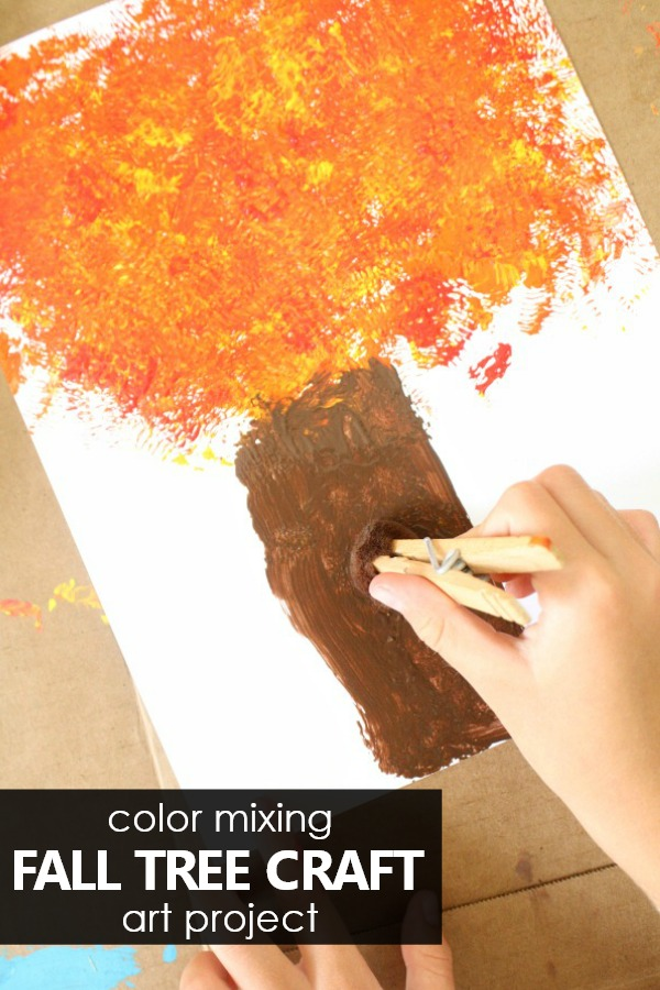 Color Mixing Fall Tree Craft Art Project for Toddlers and Preschoolers #fall #fallactivities #kidart #kidscrafts #preschool #toddlers