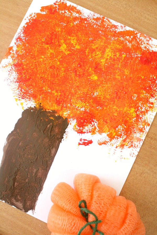 Fall Tree Process Art Activity for Toddlers and Preschoolers in Autumn