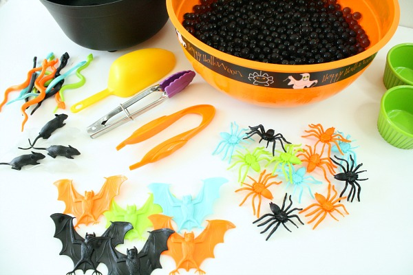 Materials for Easy Halloween Sensory Bin