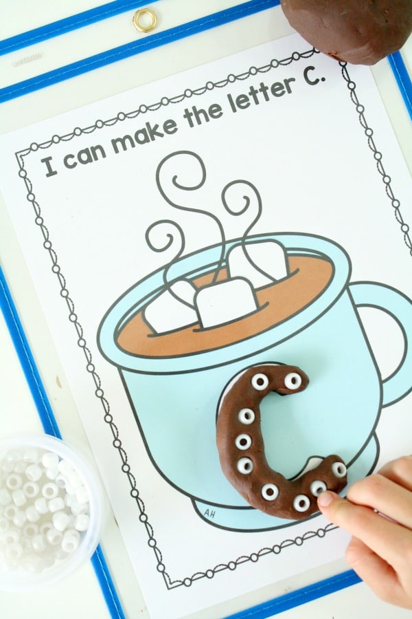 Free Printable Hot Chocolate Alphabet Activity for Preschool and Kindergarten #preschool #kindergarten #literacy #alphabet