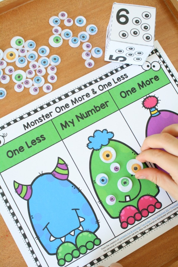 Halloween One More One Less Games for Preschool and Kindergarten #halloween #kindergarten #preschool #math