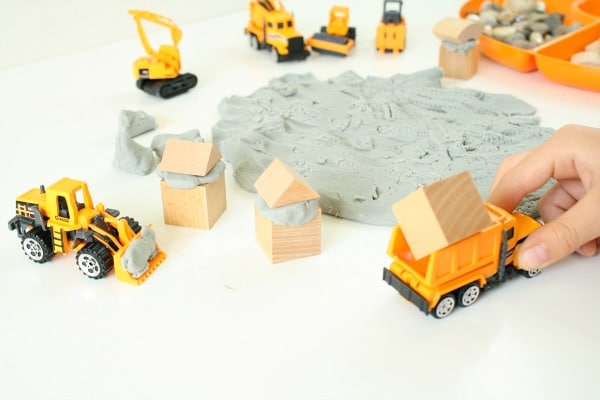 Preschool Construction Theme Pretend Play