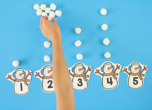 Kindergarten Winter Math Activity -Counting Numbers. Number Games for Kids