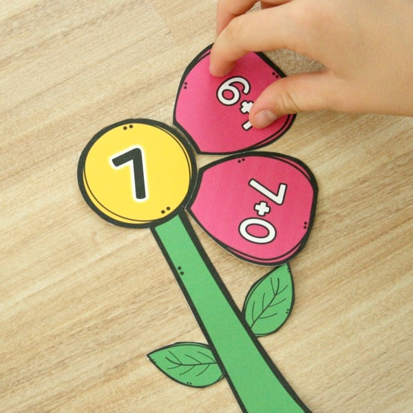 Spring Math Center-Flower Addition Freebie