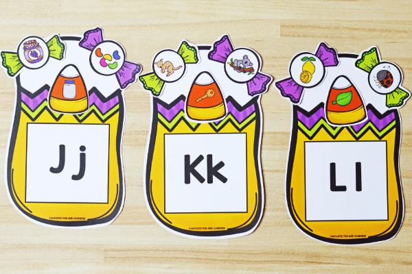 Free printable Halloween activities for preschool and kindergarten