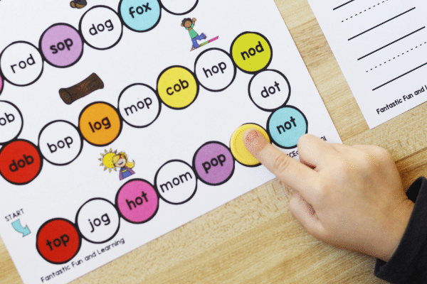 Short O Phonics Game for Preschool